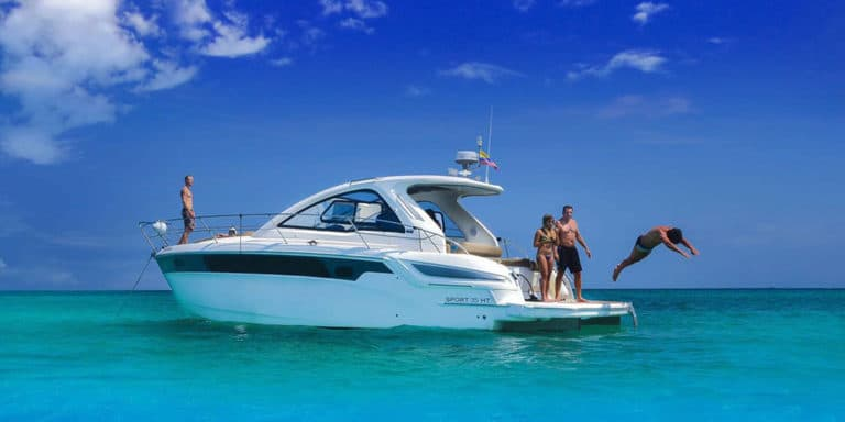 35 Foot Yacht