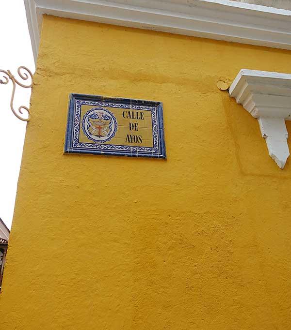 Calle De Ayos