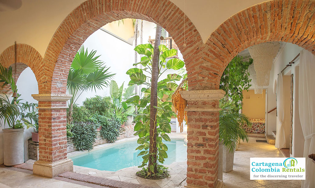 Pool-Arches