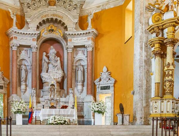 Santo Domingo Church Cartagena - Best Wedding Venues