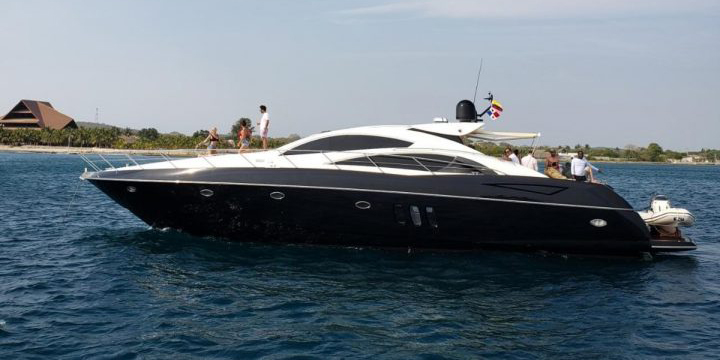 72 FT Sunseeker Predator