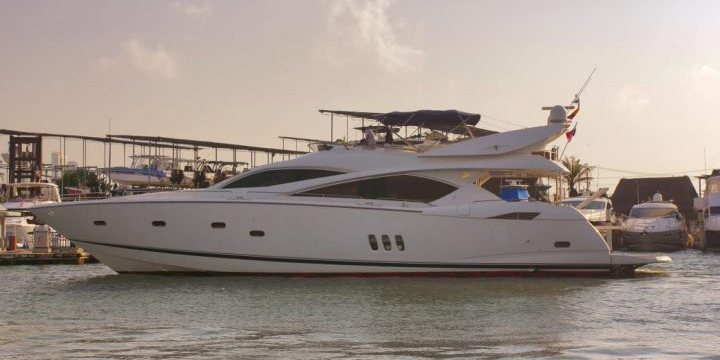82 FT Sunseeker