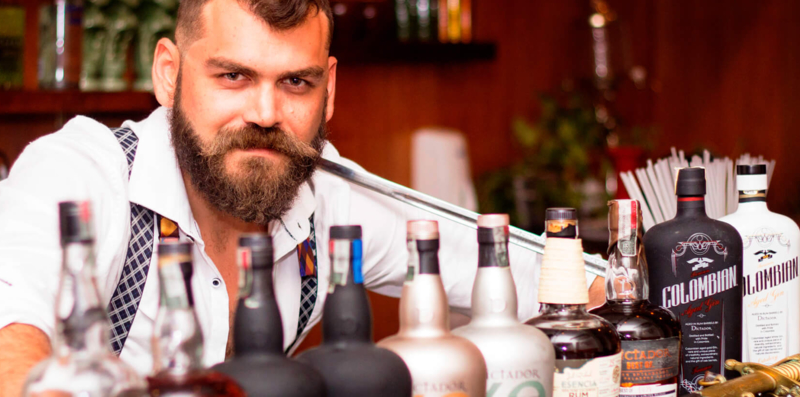 El Arsenal The Rum Box Bar and Restaurant